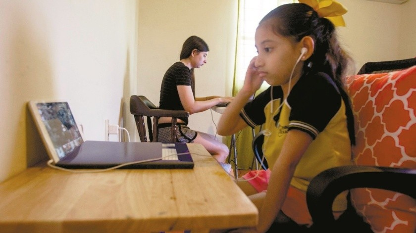 Generan estrés clases virtuales, consideran escuelas(Tomada de la red)