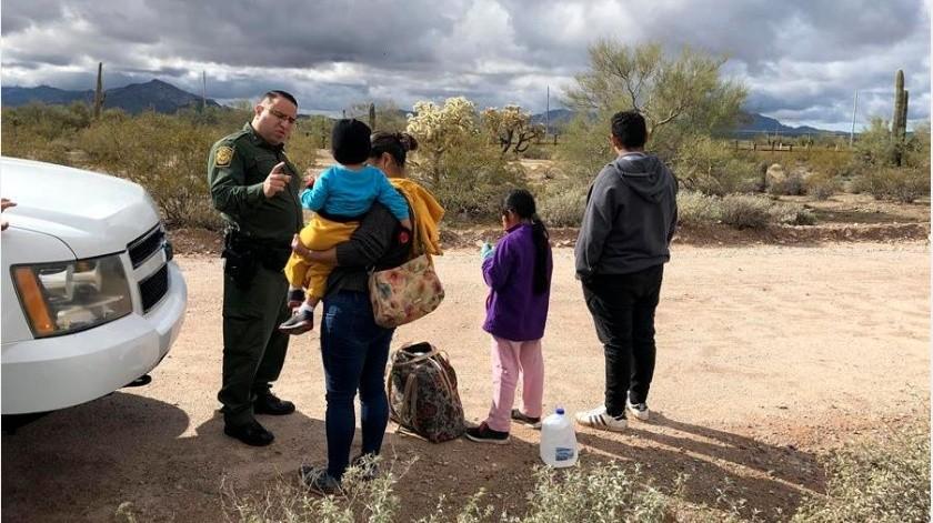 También se ha registrado un gran número de personas que intentaron en varias ocasiones cruzar la frontera, desde marzo(EFE)