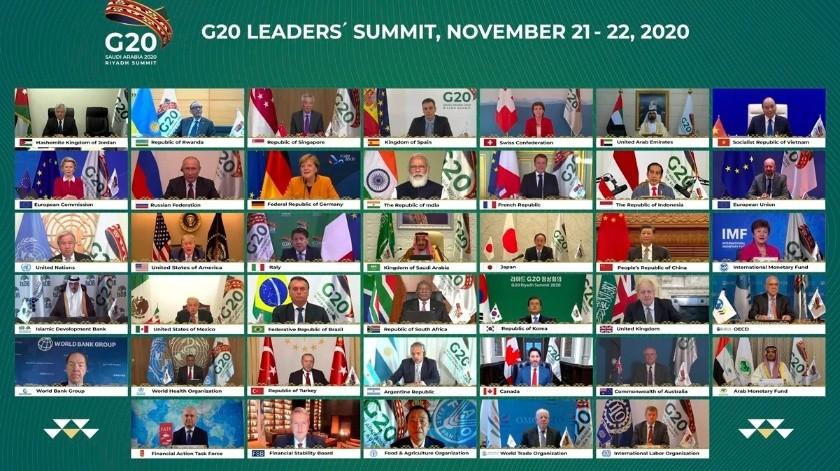 ¡Con tecnología! AMLO y otros líderes del G20 se toman foto de reunión virtual(AP)
