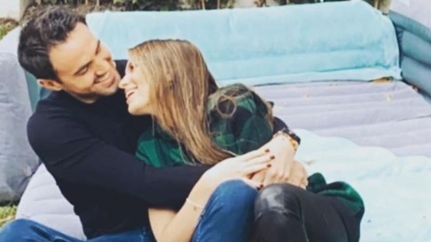 Sofía y el empresario Pablo Bernot llevan poco más de un año de novios, ya que su primer fotografía juntos la actriz la publicó en septiembre de 2019.(Instagram/sofia_96castro)