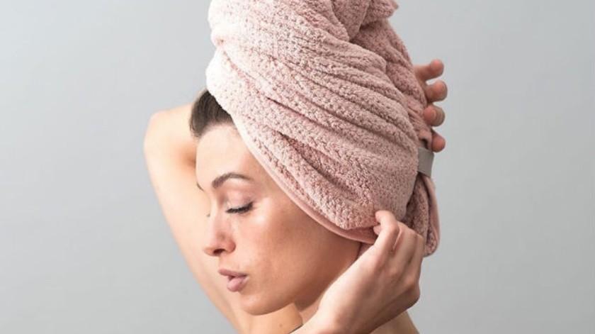 ¿Por qué debes usar una toalla de cuerpo y otra para secar tu cabello?(Tomada de la Red)
