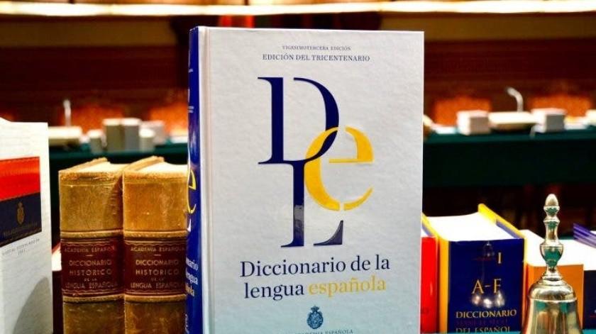 Trolear, COVID, finde y emoji, entre las 2557 nuevas palabras que la RAE ha agregado al diccionario