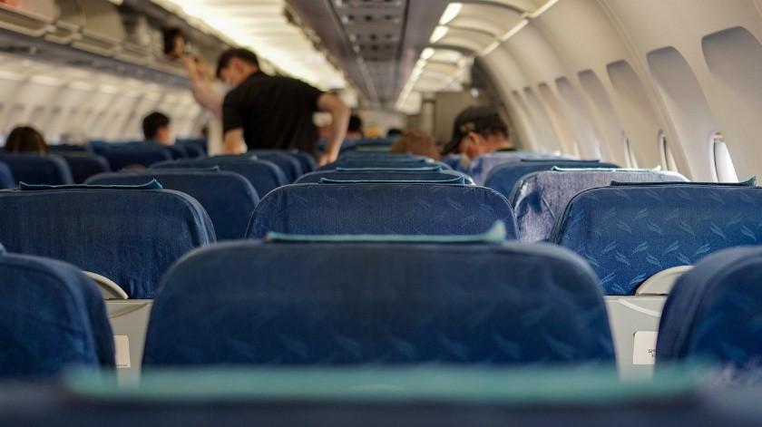 Un hombre contagió a cuatro pasajeros en un avión(Pixabay)