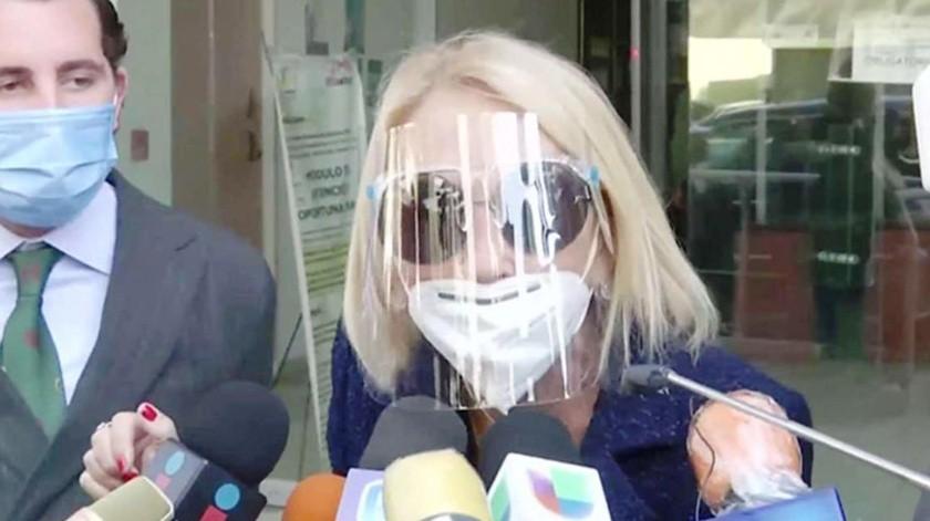 Laura Bozzo acude a declarar tras demanda de Gabriel Soto e Irina Baeva(Tomada de la red)