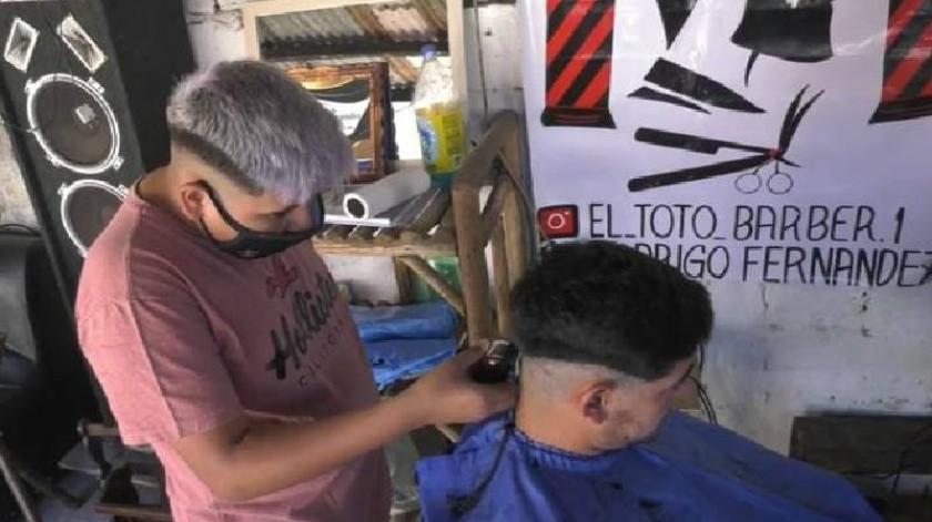 Abre adolescente de 13 años peluquería(Tomado de la red)