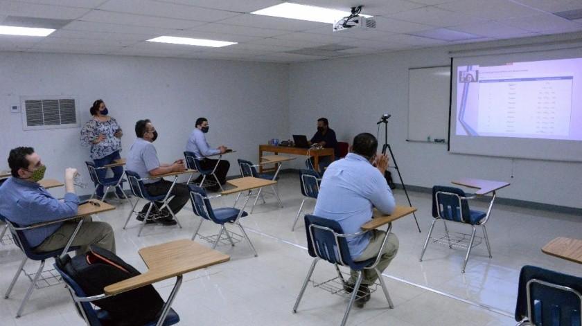 Convierten salones con tecnología híbrida para clases virtuales e interactivas(Cortesía)