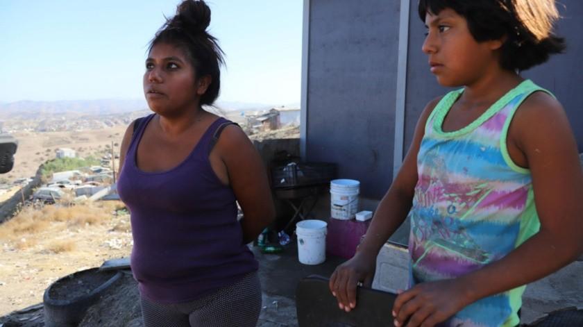 Además, sus hijos no tienen mucha ropita caliente, necesaria en esta época del año.(Sergio Ortiz)