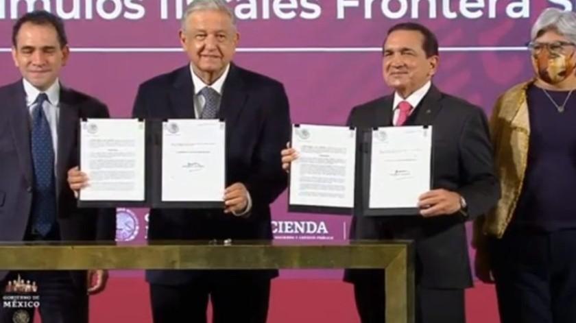 López Obrador presentó los beneficios de los estímulos fiscales a las fronteras Sur y Norte(Especial)