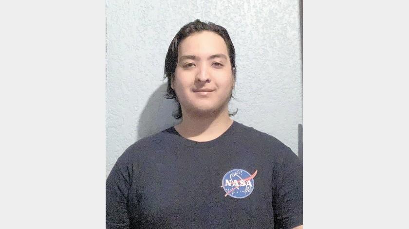 Michel Eduardo Molina Romero, estudiante de tercer semestre de Ingeniería Aeronáutica del Tecnológico Nacional de México, campus Hermosillo(Especial)