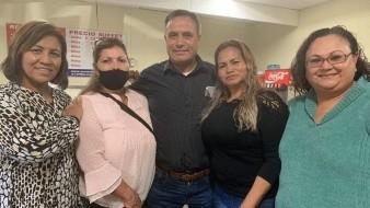 Las Madres Buscadoras de Sonora se reunieron con Adrián LeBarón y su esposa este día