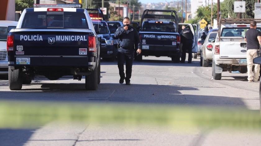 El asalto ocurrió en una joyería ubicada en el Swap Meet Siglo 21.(Sergio Ortiz)