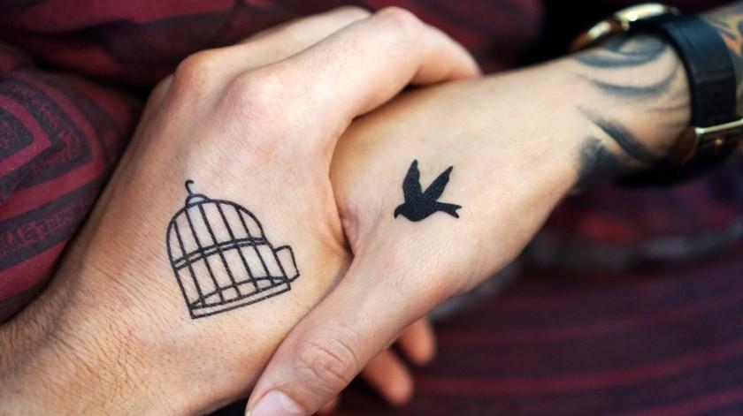 Proponen prohibir tatuajes y perforaciones en menores de edad(Pixabay)