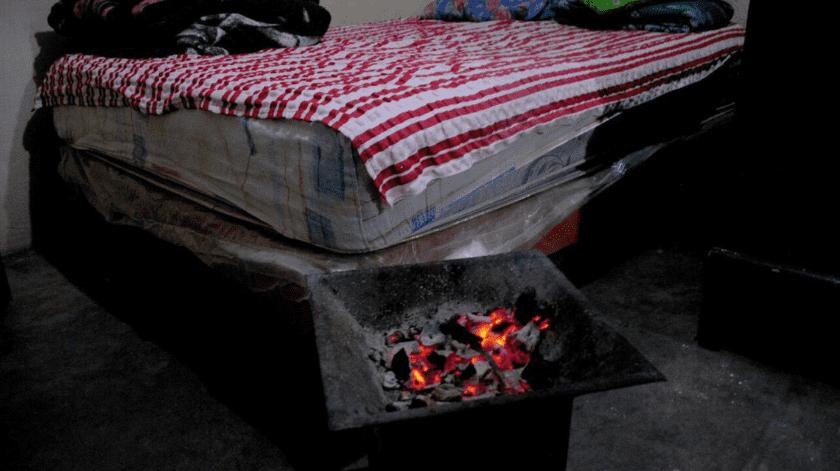 En esta época es común que se registren incendios por la quema de leña en hogares para mantener el calor, informan.(Internet)