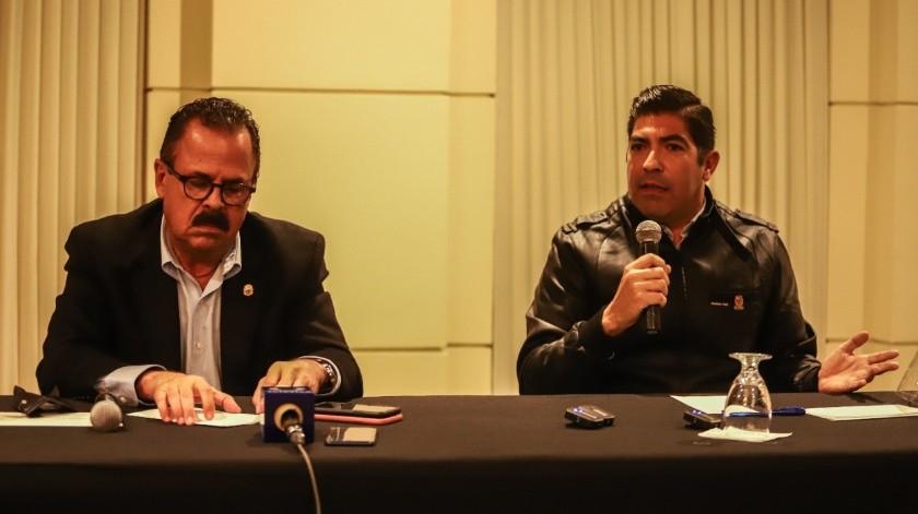 Escobedo Carignan y Ayala Robles dieron una conferencia.