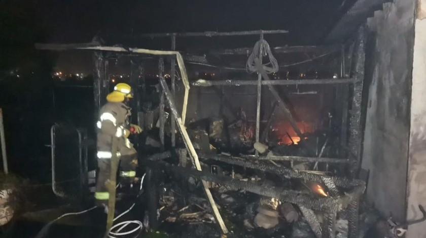 Los incendios causaron cuantiosos daños.(Cortesía)