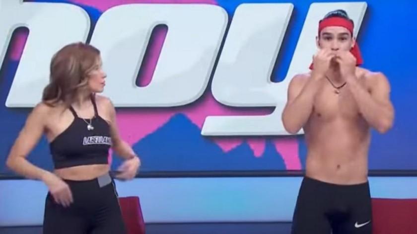 Brandon se equivocó mientras compartía rutinas de ejercicio en el programa.(Tomada de la red)
