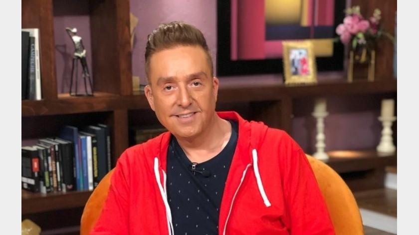 """El periodista Dael Quiroz indica que la conductora principal del programa de TV Azteca señaló que las """"vacaciones"""" deBisogno no eran por gusto, sino obligadas."""