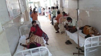 Náuseas y ansiedad, síntomas de extraña enfermedad que dejó 200 hospitalizados en India