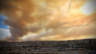 Combaten Bomberos Tijuana, Sedena y Conafor incendios forestales
