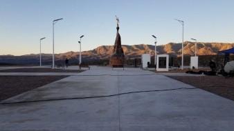 El monumento significa mucho para las familias, mencionó, pues cuenta con detalles que recuerdan a sus familiares y a su religión.