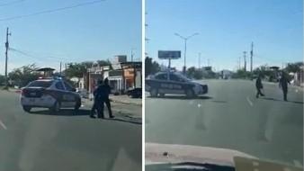 VIRAL: Policía en Hermosillo para tráfico para ayudar a discapacitado a cruzar la calle