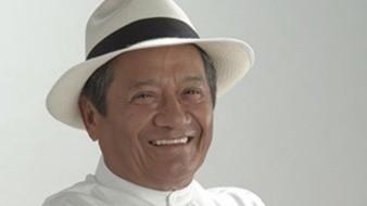 Armando Manzanero falleció hoy a los 85 años por Covid-19.