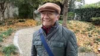 """Armando Manzanero habría sido aficionado a la artesanía mexicana hecha de barro, ya que habría comprado """"medio puesto"""" en un puesto de la Ciudad de México."""