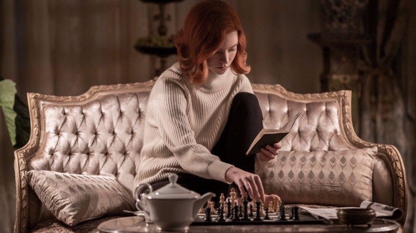 Una de las jugadoras más destacadas es la húngara Judit Polgar, quien se convirtió en gran maestra a los 15 años, rompiendo un récord que había tenido Bobby Fischer durante tres décadas.(Netflix)