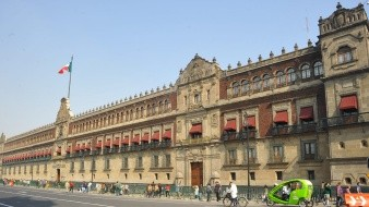 Emite México bonos globales a 50 años por 3 mil mdd