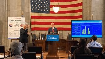 Niegan vacuna Covid-19 a indocumentados en Nebraska