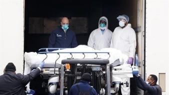 Estados Unidos registró el miércoles, por segundo día consecutivo, un nuevo récord de víctimas mortales por coronavirus con un total de 3 mil 865 fallecimientos, según datos publicados este jueves por la Universidad Johns Hopkins