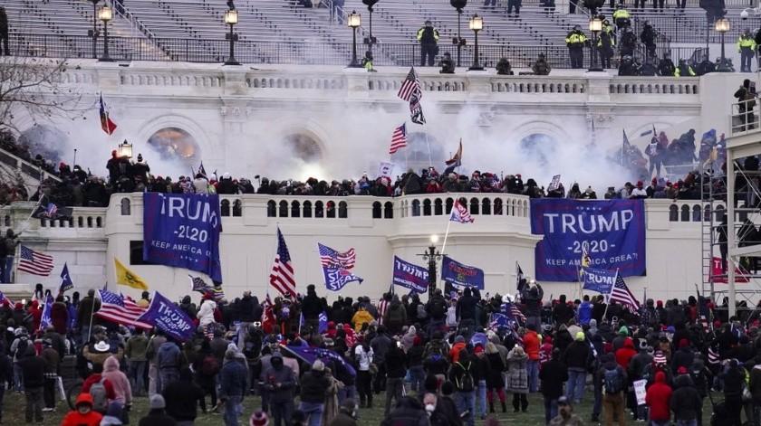 Los disturbios del 6 de enero tomaron a algunos por sorpresa, pero para quienes siguen el rastro en línea de las teorías conspiratorias y la extrema derecha las señales de advertencia ya estaban ahí.(EFE)