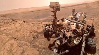 El vehículo explorador Curiosity continúa su extraordinaria misión en Marte, recopilando información y haciendo importantes descubrimientos.