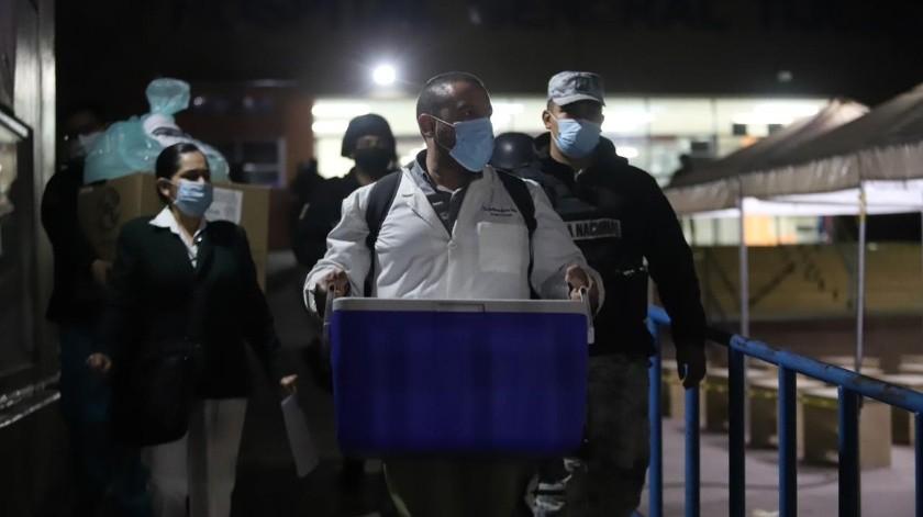 Llegan a Baja California las vacunas anti Covid-19(Gustavo Suárez)