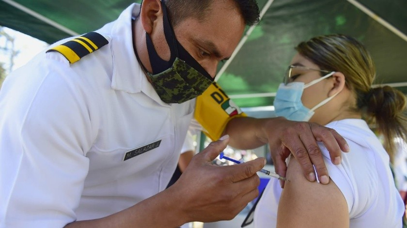 """La """"segunda ola"""" de coronavirus en México está dejando a sus hospitales al borde del colapso, especialmente a los de la capital del país."""