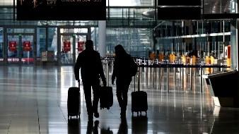 EU exige prueba negativa de Covid a viajeros aéreos