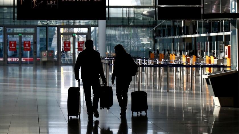 Tendrá que ser entregada por toda persona que llegue en avión a los Estados Unidos.(AP)