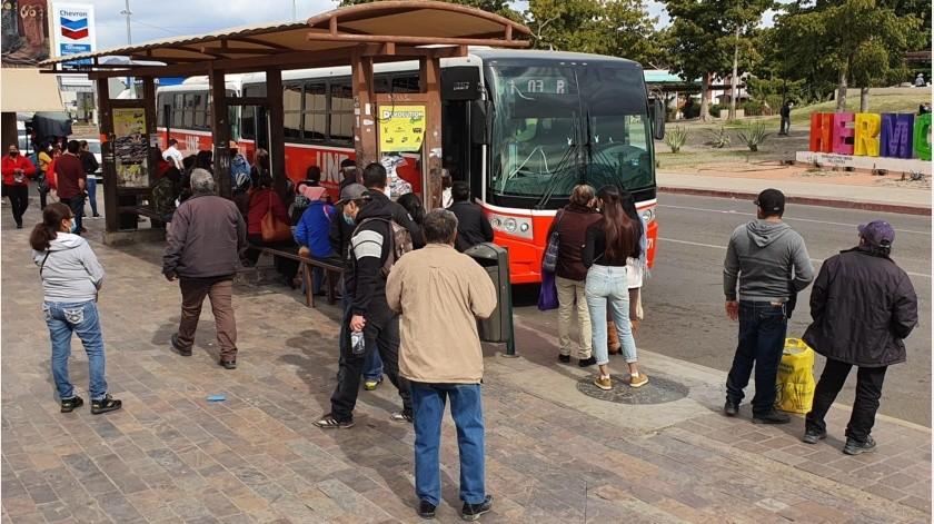 Se extiende horario de transporte a las 21:30 horas en algunos municipios de Sonora(Julián Ortega)