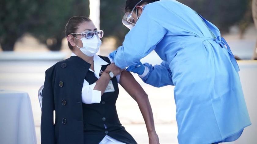 Las trabajadoras de la salud que presentaron reacción adversa a la vacuna anti-Covid fueron hospitalizadas(GH)