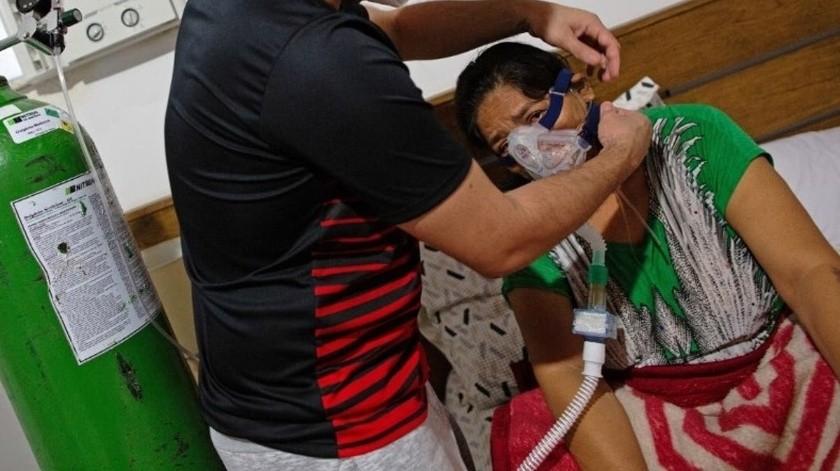 Médico trata a su mamá en casa por Covid; hospitales están saturados(Especial)