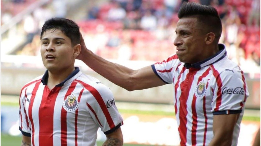 Chivas colocó a 'La Chofis' en la lista de transferibles después de ocho años con el equipo.(Banco Digital)