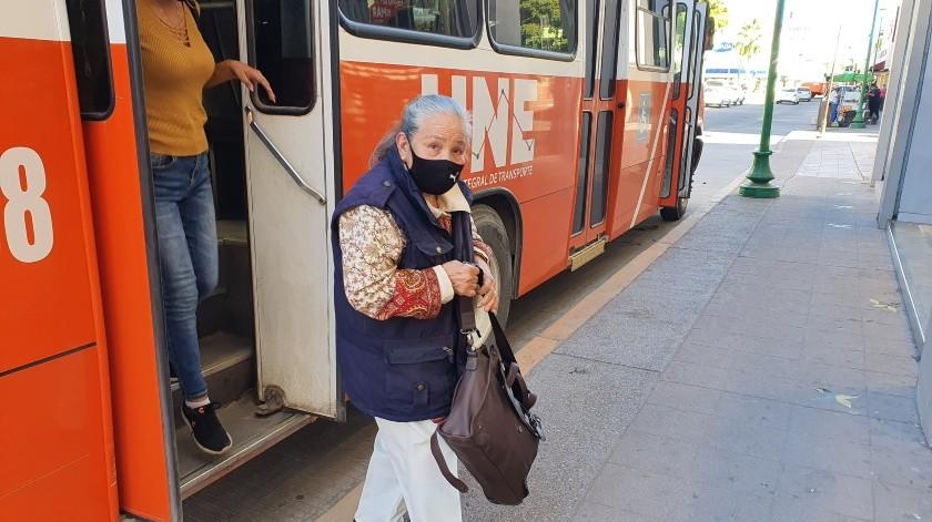 El servicio de transporte público en las ciudades de Hermosillo, Nogales y San Luis Río Colorado, se prestará hasta las 21:30 horas.(BANCO DIGITAL)