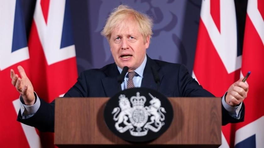 Reino Unido prohibió desde la madrugada de este viernes la llegada a su territorio de viajeros provenientes de América del Sur y Portugal, ante las preocupaciones por la variante brasileña del coronavirus.(EFE)