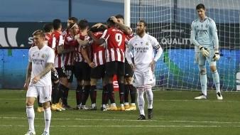 Un doblete de Raúl García dejó fuera al Real Madrid de la Supercopa de España este jueves.