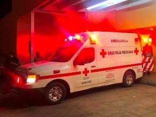 Un niño que se accidentó cuando andaba en bicicleta en Nogales fue trasladado al hospital.