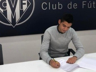 Jugará como préstamo por dos años y medio con la opción de que Villarreal adquiera su carta de forma definitiva.
