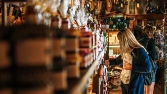 España extiende hasta mayo apoyos por desempleo ante pandemia