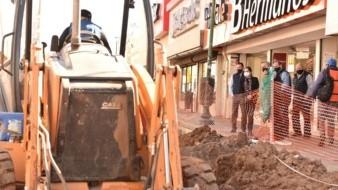 La alcaldesa supervisó la segunda etapa de la renovación integral con concreto hidráulico de la avenida Plutarco Elías Calles, una de las más transitadas del primer cuadro de la ciudad.