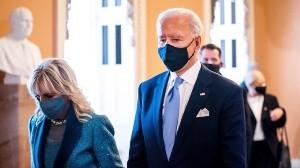 El presidente ha cancelado la emergencia nacional que Trump había decretado para desviar fondos y financiar así la construcción del muro fronterizo con México, que por el momento queda en el aire.