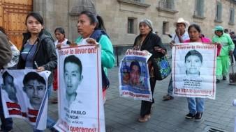 AMLO ofrece protección a testigos que informen sobre el caso Ayotzinapa